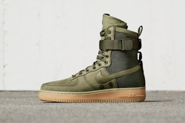 nike-special-field-air-force-1-01-1478030094-640x427